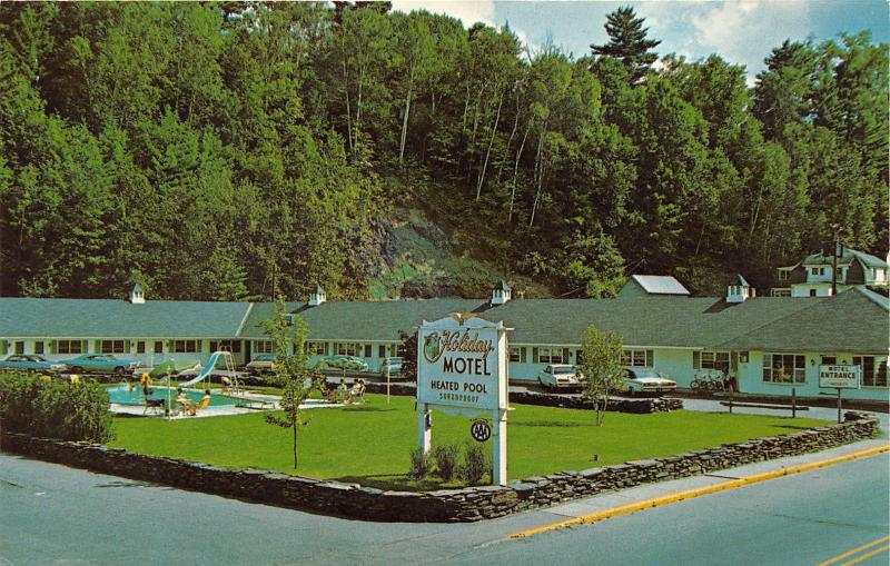 St Johnsbury Vermont~Holiday Motel~Heated Outdoor Pool~1960s Postcard