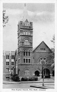 Pine Bluff Arkansas~First Baptist Church~1940s B&W Postcard