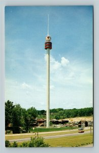 Wisconsin Dells WI, The Dells Totem Tower, Chrome Wisconsin Postcard