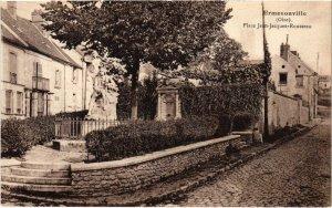 CPA Ermenonville- Place Jean Jacques Rousseau FRANCE (1020474)