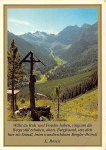 Am Bergler Bruendl im Stubaital Tirol, Blick zur Schlicker Alm Kalkkoegeln