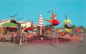 LP50     Grand Island New York   Postcard Fantasy Island  Helicopter Ride