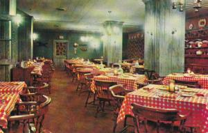 RICHMOND, Virginia 1967 Country Kitchen at The Wm. Byrd Motor Hotel