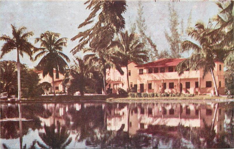 Lot 4 postcards Cuba