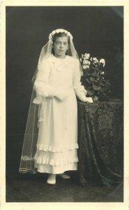 Fotohaus R. Heuberger Lustenau Austria girl communion postcard