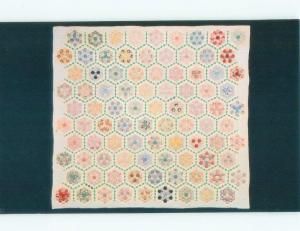 Unused Pre-1980 POSTCARD OF QUILT AT MUSEUM Memphis Tennessee TN E5535