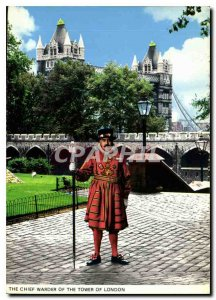 Modern Postcard The Chief Warder of the Tower of London
