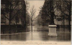 CPA PARIS 8e - La Rue Jean Goujon - LL.225 (64321)