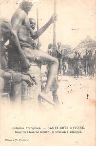 Ivory Coast Haute Cote D'Ivoire Guerriers Gouros cernant la mission Elengue 1906