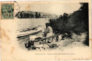 CPA VERNON-Laveuse sur la Rive Gauche de la Seine (43125)