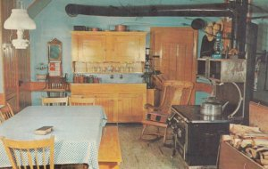 LANCASTER, Pennsylvania, 1950-60s; Old Order Kitchen at The Amish Farm and ...