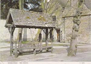 Post Card Oxfordshire Woodstock The Stocks