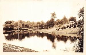 D60/ Ashtabula Ohio Real Photo RPPC Postcard c1930s Lake Shore Park Scene