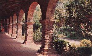 CA - San Juan Capistrano Mission, Arches