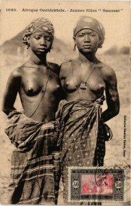 CPA AK 1048 Jeunes filles Saussai ed. Fortier SENEGAL (a2235)