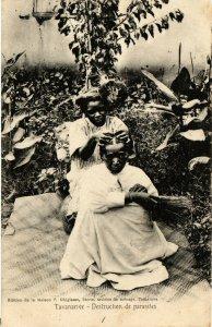 PC CPA MADAGASCAR, TANANARIVE, DESTRUCTION DE PARASITES, Postcard (b19940)