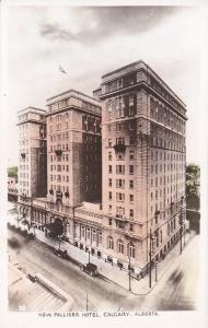 RP: CALGARY , Alberta , Canada , 20-40s ; New Palliser Hotel