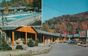 GATLINBURG , Tennessee , 50-60s ; Marshall's Creek Rest Motel, Swimming Pool