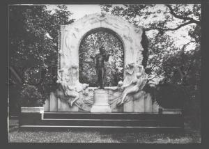 096053 Johann STRAUSS German COMPOSER Monument vintage PHOTO