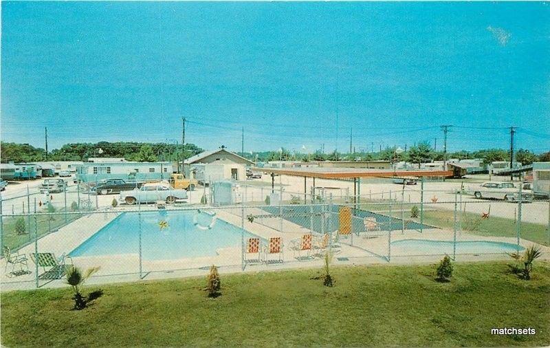 1950s Circle Trailer Park Pool Beaumont Texas Nunlist postcard 2484
