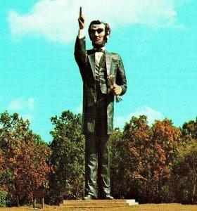 Vtg Chrome Postcard Charleston IL Illinois Abraham Lincoln Memorial Park Statue