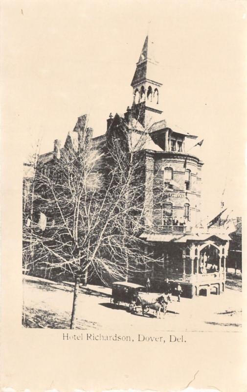 Dover Delaware~Hotel Richardson~Horse & Buggy in Street~1950s RPPC-Reprint