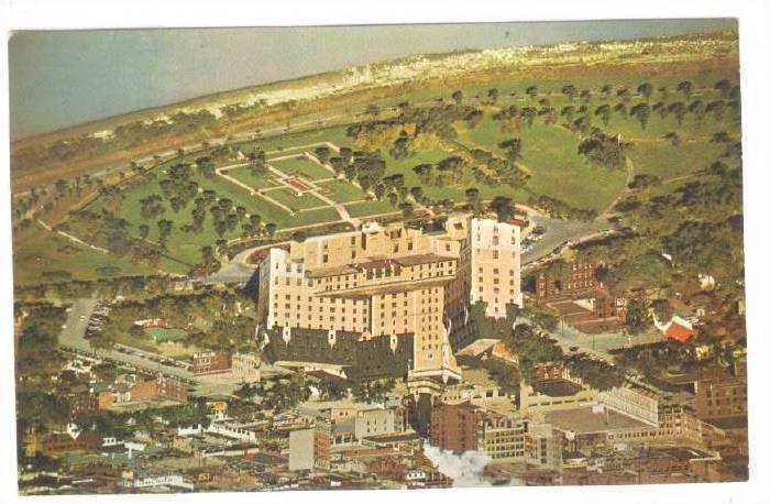 Aerial View of the impressive, Bessborough Hotel,  Saskatoon, Saskatchewan, C...