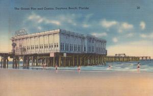 DAYTONA BEACH, Florida; The Ocean Pier and Casino, 30-40s