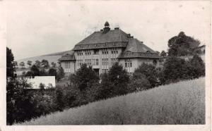 MALE SVATONOVICE HRADEC KRALOVE~SKOLA~SCHOOL PHOTO POSTCARD 1947