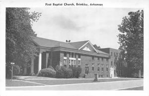 Brinkley Arkansas~First Baptist Church~Sign on Front Lawn~1950s B&W Postcard