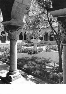 Arcades & Garden of the Cuxa Cloister - French