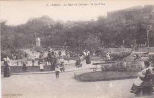 BREST, La PLace du Chateau, Le Jet d'Eau, Finistere, France, 00-10s