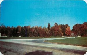 Spencer Indiana~Entrance Drive~McCormicks Creek State Park~1952 Postcard