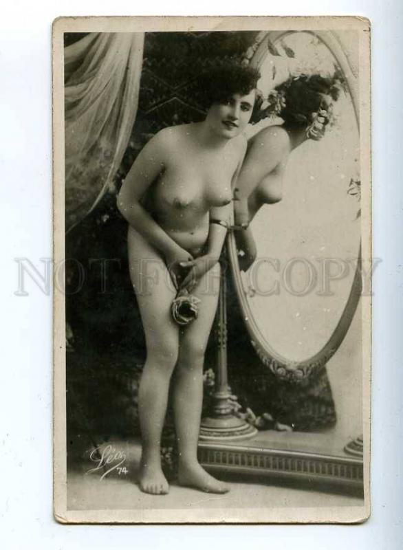206665 NUDE Woman near MIRROR w/ ROSES Vintage LEO #74 PC