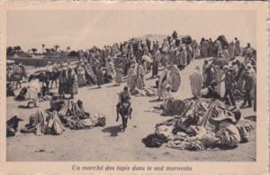 Morocco Un marche des tapis dans le sud marocain