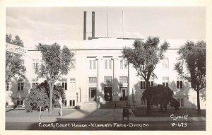 LPS82 Klamath Falls Oregon County Court House Postcard RPPC