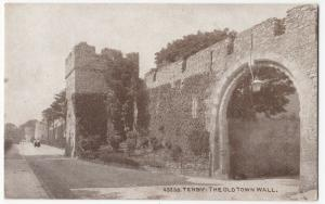Pembrokeshire; Tenby, The Old Town Wall, 45238 PPC By Photochrom, Unposted