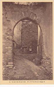 L'AUVERGNE Pittoresque, Brick Arch Entrance, France, 10-20s