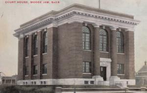 MOOSE JAW , Saskatchewan , Canada , 00-10s ; Court House