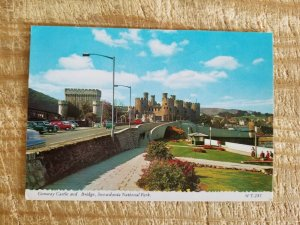 CONWAY CASTLE AND BRIDGE,SNOWDONIA NATIONAL PARK.VTG USED POSTCARD*P14
