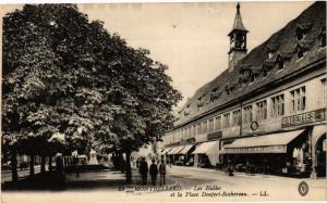 CPA MONTBÉLIARD - Les Halles et la Place Denfert-Rochereau (183081)