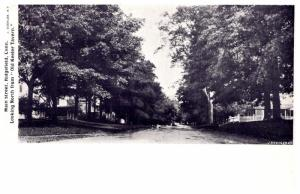 Connecticut  Ridgefield ,   Main Street looking North from Old Keeler Tavern