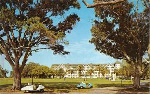 Belleair Florida~Belleview Biltmore Hotel Golf Course~Golfers @ 1st Tee~Postcard
