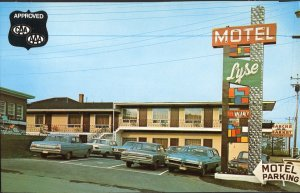 Quebec ~ RIMOUSKI Motel Lyse Enr., 545, Boul. St. Germain West cars 1950s-1970s