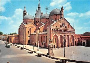 Italy Padova The Saint's Basilica La Basilica del Santo Statue