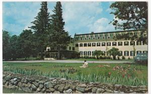 USA; Middlebury College, Vermont PPC Unposted, Shows Bread Loaf Inn, c 1960's
