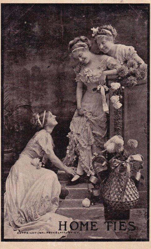 Three women , 1900-10s Home Ties