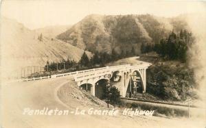 La Grande Highway 1920s Pendleton Oregon RPPC real photo postcard 694