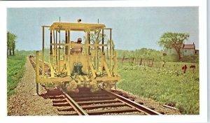 GREEN BAY, WI  TRACK TAMPER  Green Bay & Western Railroad  c1950s  Postcard