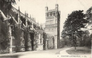 (av63) Devon Exeter Cathedral Levy LL Postcard